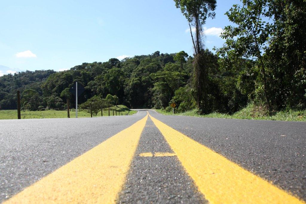 Técnica do asfalto-borracha se expande em obras no estado
