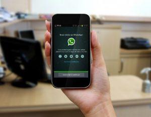 Uso do Whatsapp no trabalho pode dar demissão; veja regras e riscos