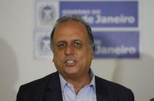 Pezão apresenta propostas a deputados para endurecer penas a traficantes