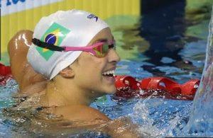 Nadadora friburguense é 36ª no Mundial e volta a disputar prova sábado, 8