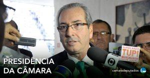 Eduardo Cunha afirma que continuará na presidência da Câmara