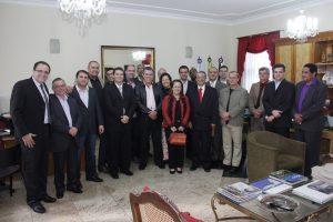 Prefeito Rogério Cabral recebe representantes do Copenf