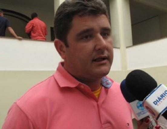 Ecobarcos recolhem 28 toneladas de lixo na Baía da Guanabara durante evento-teste