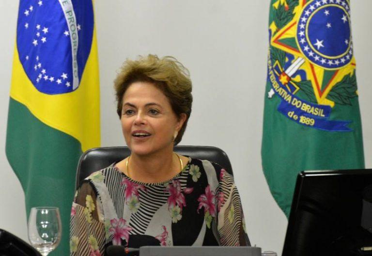 Renúncia de Dilma já não é descartada por petistas