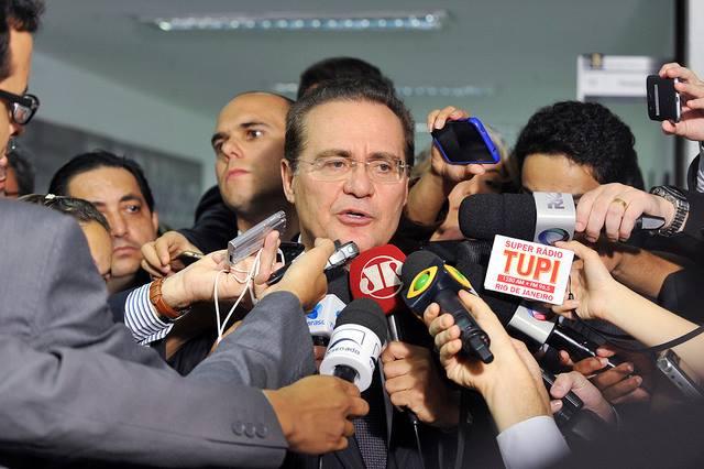 Oposicão pede, mas Renan descarta devolução do orçamento