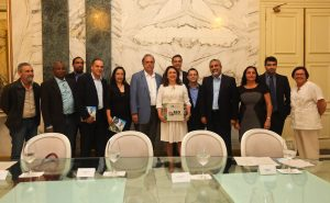 Dez municípios fluminenses assinam convênio para ampliar classe média rural