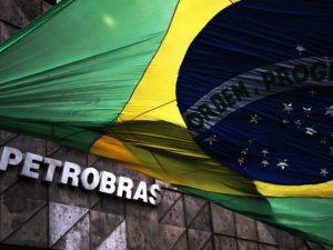Para cortar gastos, Petrobras considera reduzir jornalod_jornalda e salários