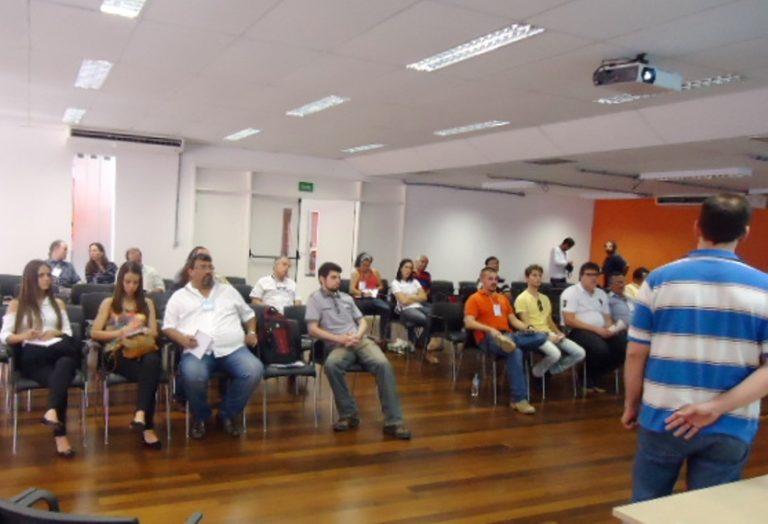 Cordeiro busca integração de municípios por soluções urbanas