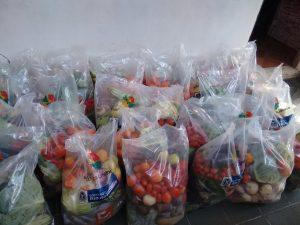 Estado realiza mais uma entrega de alimentos a pescadores artesanais do Norte Fluminense