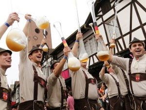 Oktoberfest: 160 mil litros de chope são consumidos nos primeiros dias