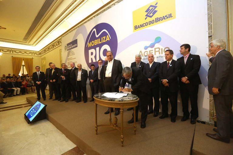 Governo do Rio faz pacto pelo crescimento