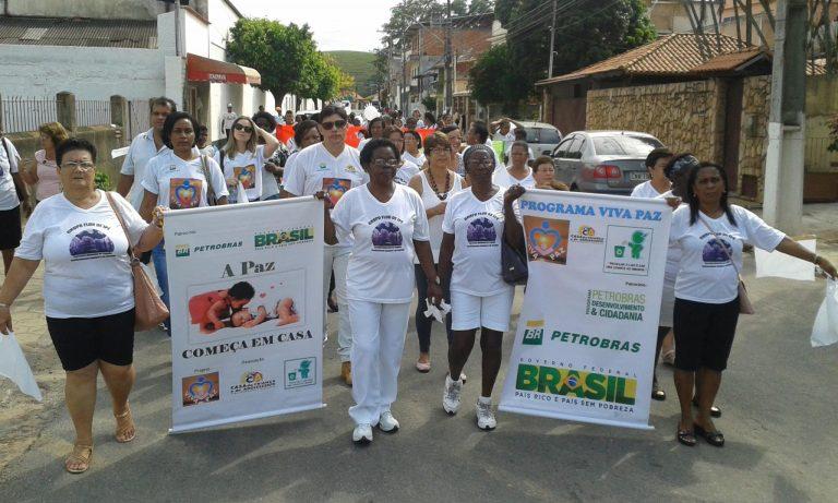 Caminhada da Paz marca combate à violência doméstica em Macuco
