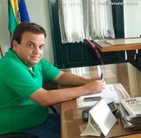 Vice-prefeito Kinka toma posse e assume comando da prefeitura de Duas Barras