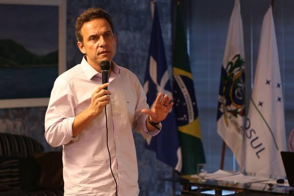Prefeito de Macaé assina decreto anticorrupção