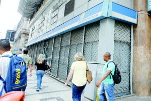 INSS define organizador de concurso para 950 vagas