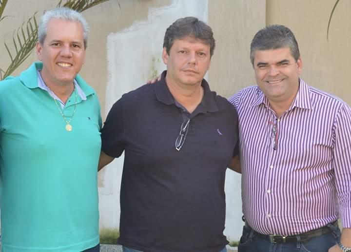 Leandro Monteiro anuncia grandes obras em Cordeiro este ano