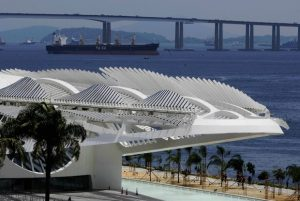 Inaugurado há um mês, Museu do Amanhã apresenta sinais de maus tratos