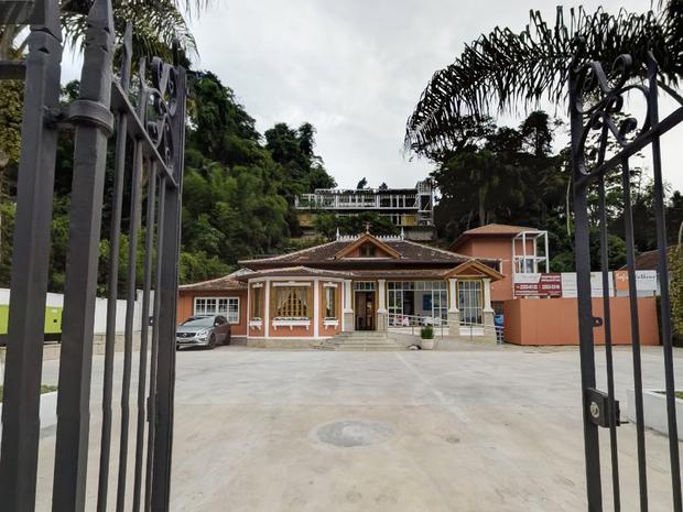 Aguinaldo Silva fecha Casa de Artes em Petrópolis e bota culpa no Iphan
