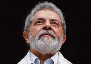 MP pede prisão preventiva de Lula e mais seis pessoas no caso do triplex
