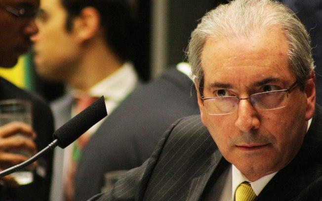 Para estimular atos, Cunha propõe votação do impeachment em Plenário no domingo