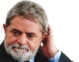 MP paulista denuncia Lula por supostas ocultação de bens e lavagem de dinheiro