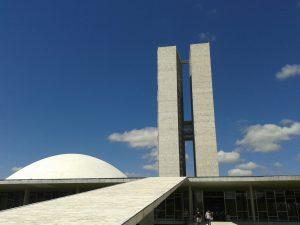 Senado aprova pedido de auditoria para apurar se Lula levou bens de palácios