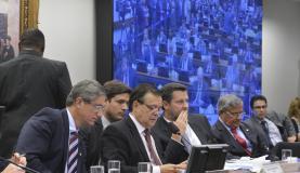 Relatório favorável ao impeachment acirra ainda mais polarização na comissão