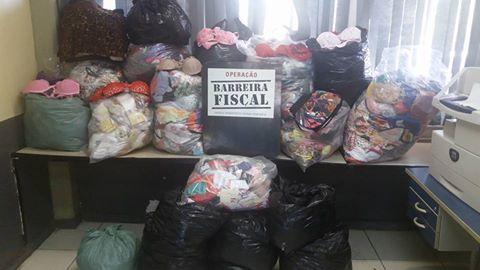 Operação Barreira Fiscal apreende caminhão transportando mais de 2 mil peças de lingerie sem pagamento de imposto