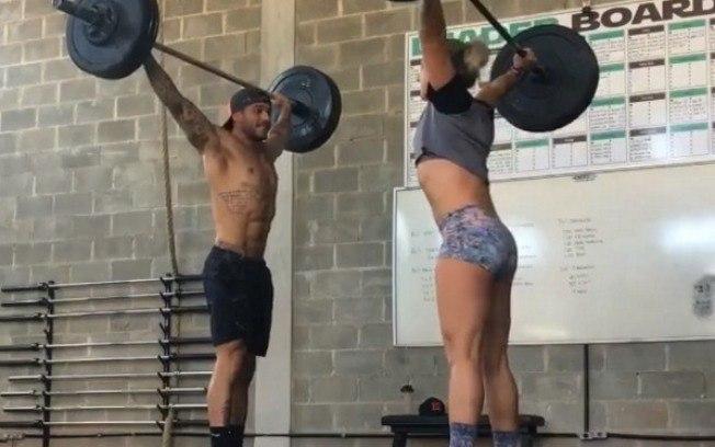 Por que os homens conseguem resultados mais rápido que as mulheres na academia?