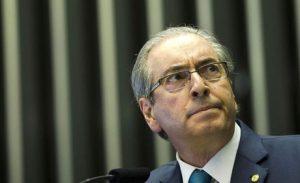Cunha pede a partidos nomes para comissão de impeachment de Temer
