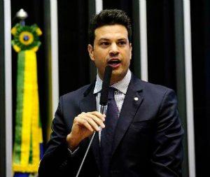Aliados avisam a Dilma: chance de impeachment cresceu
