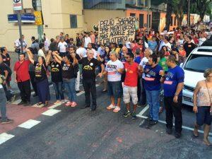 Servidores de 33 categorias do estado do RJ estão em greve