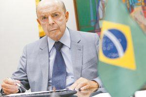 Justiça suspende decreto que adia pagamento de aposentados para maio