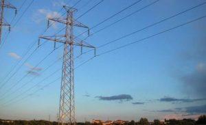 Aneel faz leilão de linhas de transmissão de energia elétrica para 20 estados