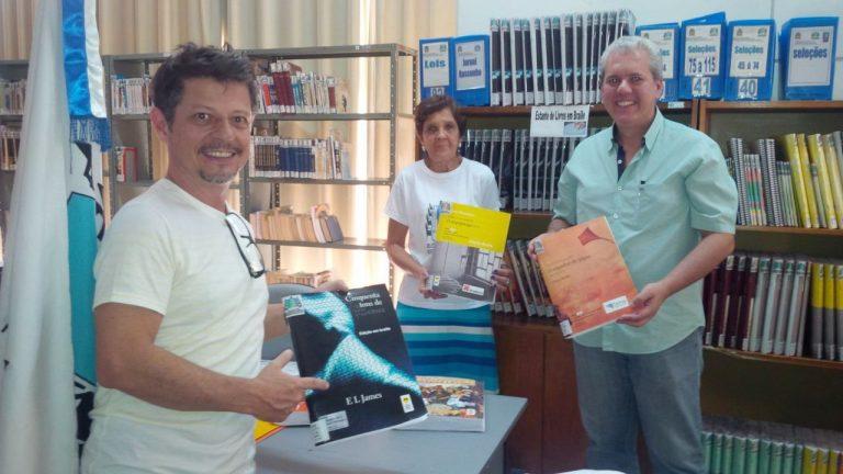 Biblioteca de Cordeiro recebe mais de dois mil livros novos
