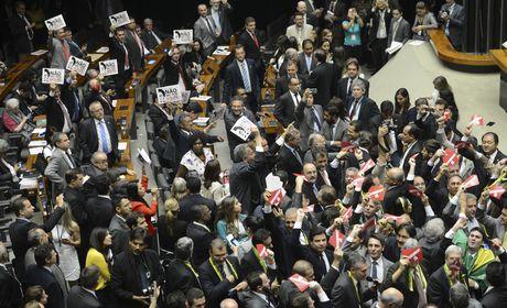 Impeachment: deputados do Sul serão primeiros a votar e os do Norte, os últimos