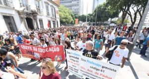 RJ: avança negociação entre sindicato e governo para terminar greve na educação
