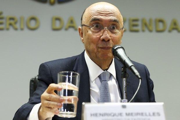 Novo ministro admite recriar CPMF, subir impostos e mudar aposentadoria