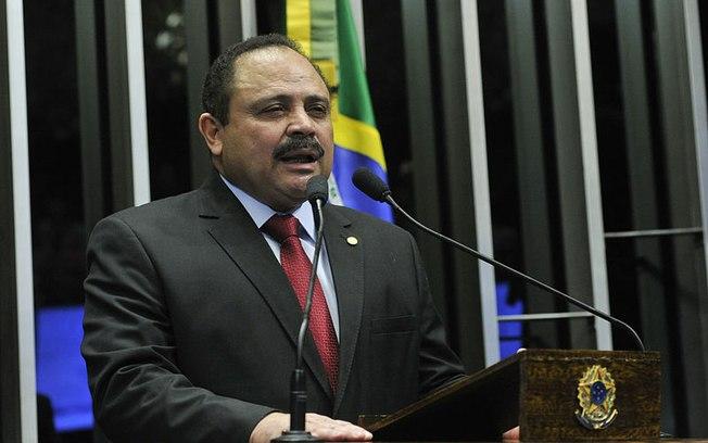 Ministério Público investiga salários pagos a presidente interino da Câmara