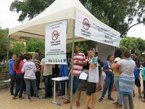 População participa de evento contra aedes aegypti