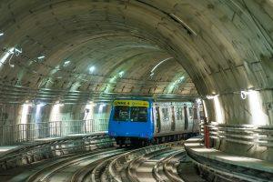 Linha 4 do Metrô realiza passagem do primeiro carro