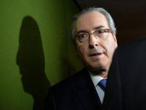 Cunha 'não se qualifica' para substituir presidente da República, diz Teori