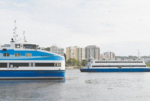 Crise suspende novas barcas e limpeza das lagoas da Barra da Tijuca