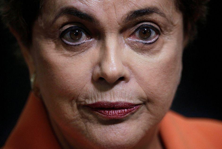 Dilma reconhece que deve sofrer impeachment