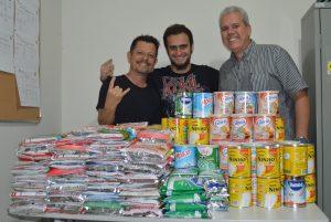 Cordeiro Massacre arrecada leite em pó para doações