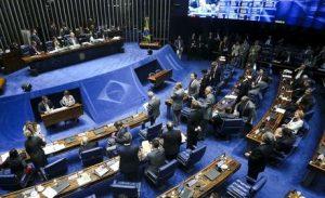Sessão do impeachment tem 67 senadores inscritos para discursar