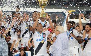 Vasco é campeão carioca invicto após empatar com o Botafogo por 1 a 1
