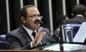 Bancada do PP quer afastar Waldir Maranhão do partido e da presidência da Câmara