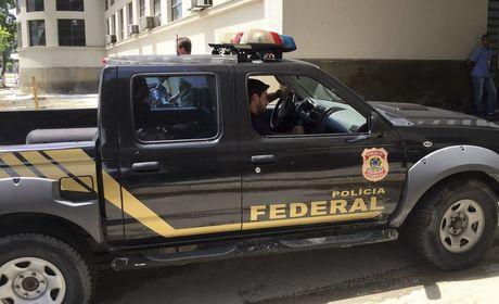 Carlinhos Cachoeira e Fernando Cavendish são alvos de operação da PF