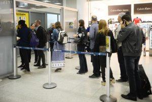 Novas regras da Anac geram filas e alteram rotina em aeroportos
